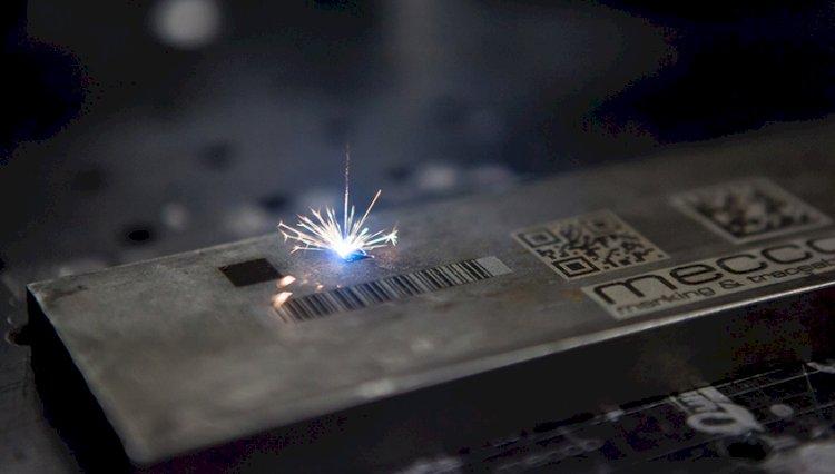 Dịch vụ khắc laser trên mọi vật liệu giá rẻ